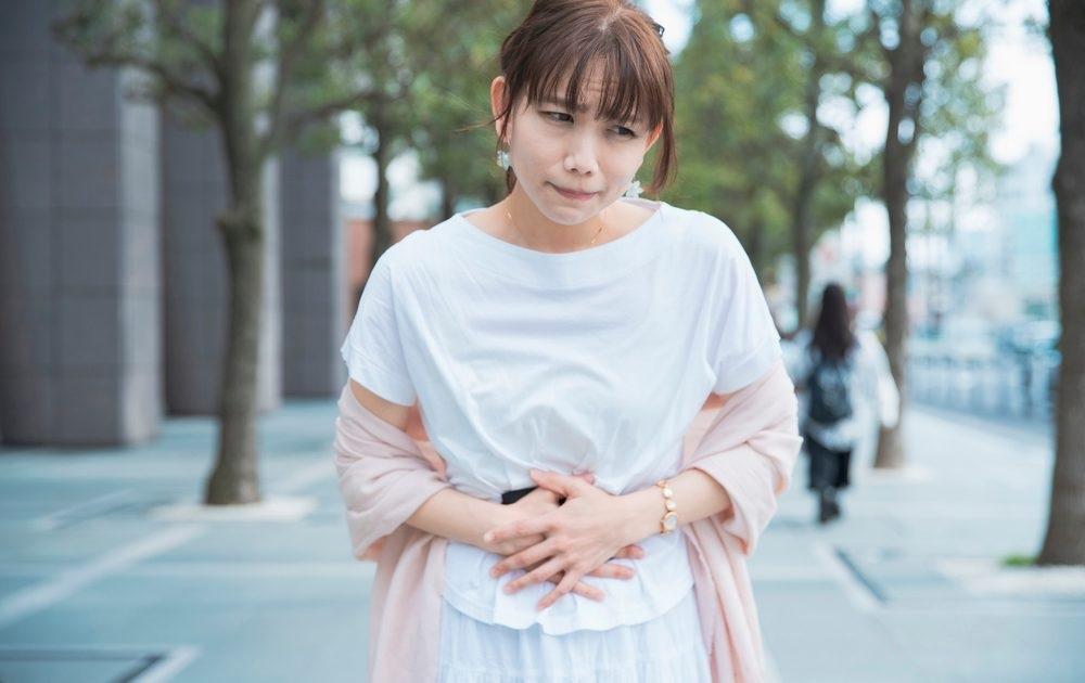 ストレス性胃炎の症状の特徴は?病院に行ったほうがいい状態の目安って?